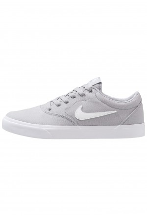 Nike SB CHARGE  - Sneakers laag wolf grey/whiteNIKE202302