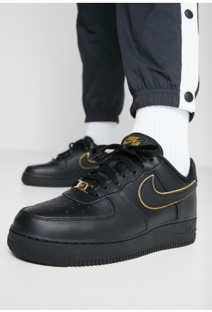 Nike AIR FORCE 1 '07 - Sneakers laag black/black metallic gold/blackNIKE101414