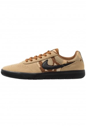 Nike SB TEAM CLASSIC - Skateschoenen parachute beige/black/ale brown/club goldNIKE202541