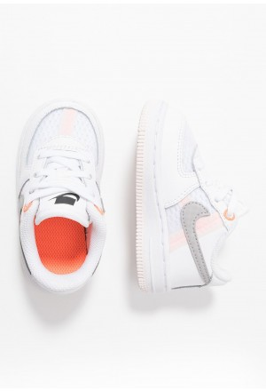 Nike FORCE 1 LV8  - Sneakers laag white/atmosphere grey/off noir/hyper crimson/light soft pinkNIKE303486