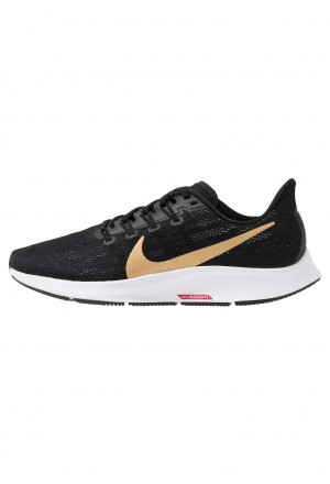 Nike AIR ZOOM PEGASUS 36 - Stabiliteit hardloopschoenen black/metallic gold/university red/whiteNIKE101623