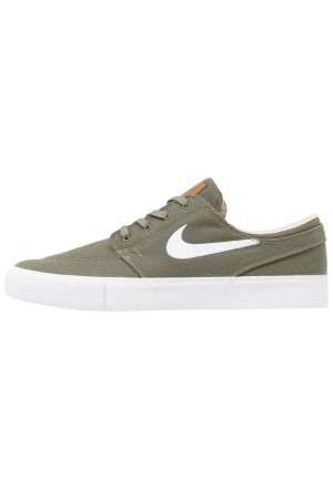 Nike SB ZOOM JANOSKI - Sneakers laag medium olive/white/campfire orange/black/photo blue/hyper pinkNIKE202439