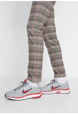 Nike P-6000 - Sneakers laag football grey/university red/black/whiteNIKE202317