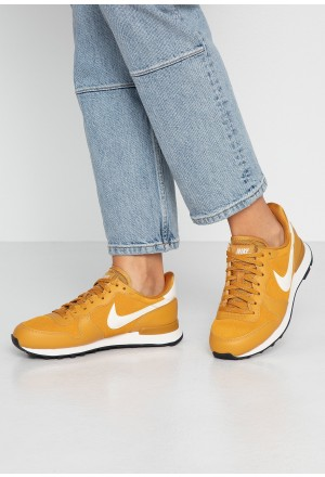 Nike INTERNATIONALIST - Sneakers laag gold/phantom blackNIKE101265