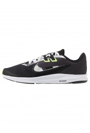 Nike DOWNSHIFTER 9 - Hardloopschoenen neutraal black/white/particle grey/dark smoke grey/ghost green/sapphireNIKE202754