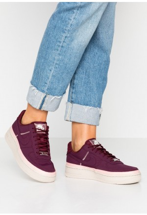 Nike AIR FORCE 1 '07 SE - Sneakers laag night maroon/coral stardust/desert sandNIKE101284