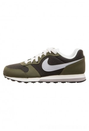 Nike MD RUNNER  - Sneakers laag oliveNIKE303475