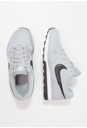 Nike MD RUNNER 2 - Sneakers laag wolf grey/black/whiteNIKE303194