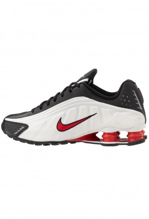 Nike SHOX R4 - Sneakers laag platinum tint/university red/blackNIKE202409