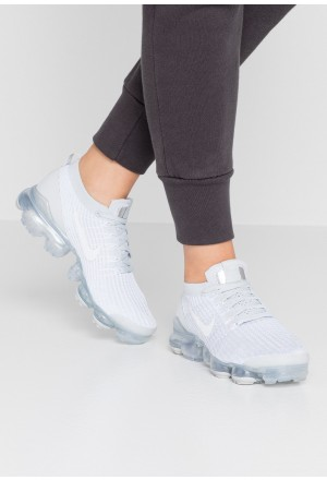 Nike AIR VAPORMAX FLYKNIT - Sneakers laag white/pure platinum/metallic silverNIKE101446