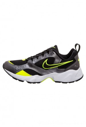 Nike AIR HEIGHTS - Sneakers laag black/volt/metallic dark grey/whiteNIKE202472