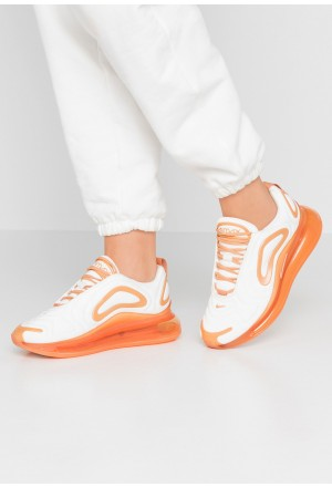 Nike AIR MAX 720 SE - Sneakers laag summit white/metallic summit white/copper moonNIKE101544