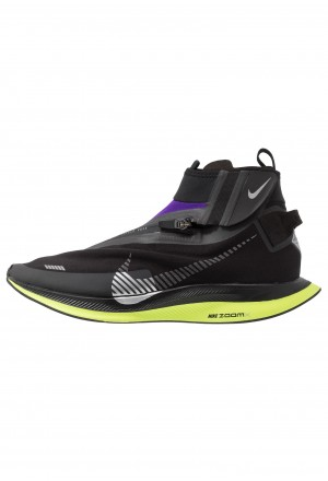 Nike ZOOM PEGASUS TURBO SHIELD WP - Hardloopschoenen neutraal black/metallic silver/voltage purpleNIKE202906