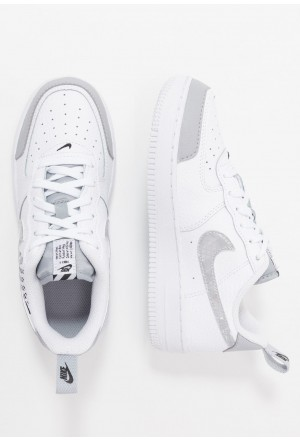 Nike FORCE 1 LV8 2 - Sneakers laag white/wolf grey/blackNIKE303476