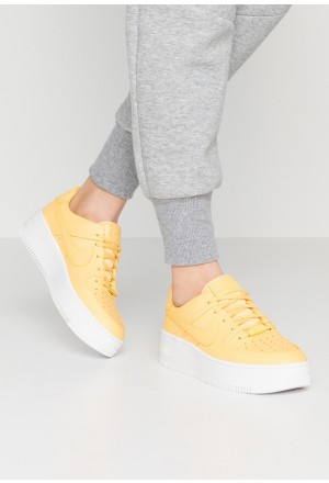 Nike AF1 SAGE - Sneakers laag topaz gold/whiteNIKE101324