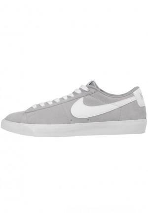 Nike SB SB ZOOM BLAZER LOW GT  - Sneakers laag greyNIKE202683