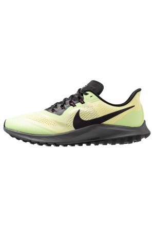 Nike AIR ZOOM PEGASUS 36  - Trail hardloopschoenen luminous green/burgundy ash/blackNIKE202781
