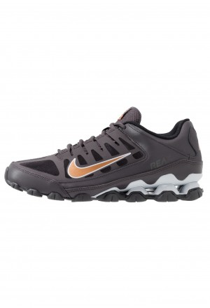 Nike REAX 8  - Sportschoenen thunder grey/metallic copper/pure platinum/blackNIKE203021