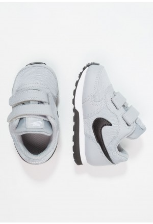 Nike MD RUNNER 2  - Babyschoenen wolf grey/black/whiteNIKE303184