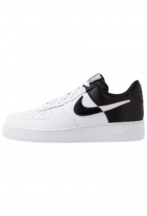 Nike AIR FORCE 1 '07 LV8 - Sneakers laag white/blackNIKE202626