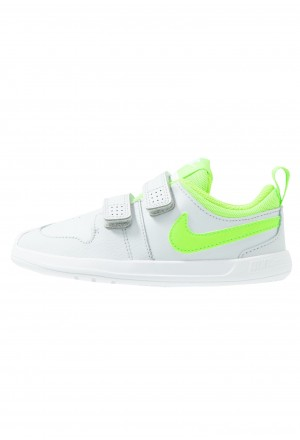Nike PICO 5 TDV - Sportschoenen pure platinum/electric green/whiteNIKE303551