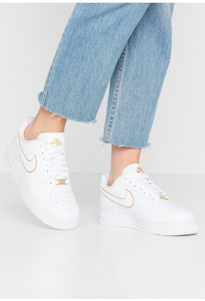 Nike AIR FORCE 1 '07 - Sneakers laag white/metallic goldNIKE101448