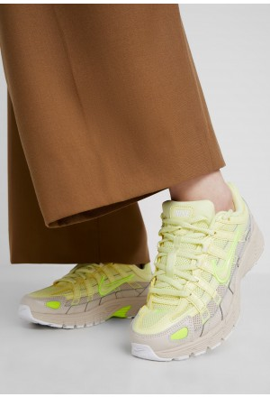 Nike P-6000 - Sneakers laag luminous green/desert sandNIKE101242
