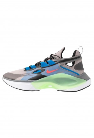 Nike SIGNAL D/MS/X - Sneakers laag pumice/racer pink/black/dark grey/photo blue/vapor greenNIKE202402