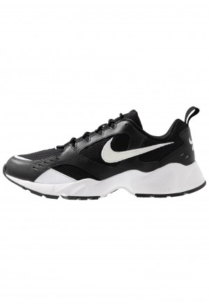 Nike AIR HEIGHTS - Sneakers laag black/whiteNIKE202352