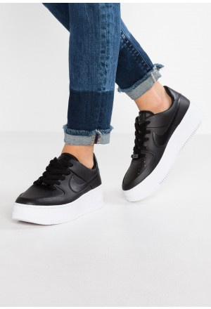 Nike AIR FORCE 1 SAGE - Sneakers laag black/whiteNIKE101249