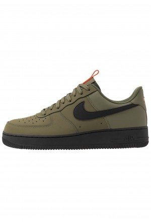 Nike AIR FORCE 1 - Sneakers laag med olive/black/starfishNIKE202523